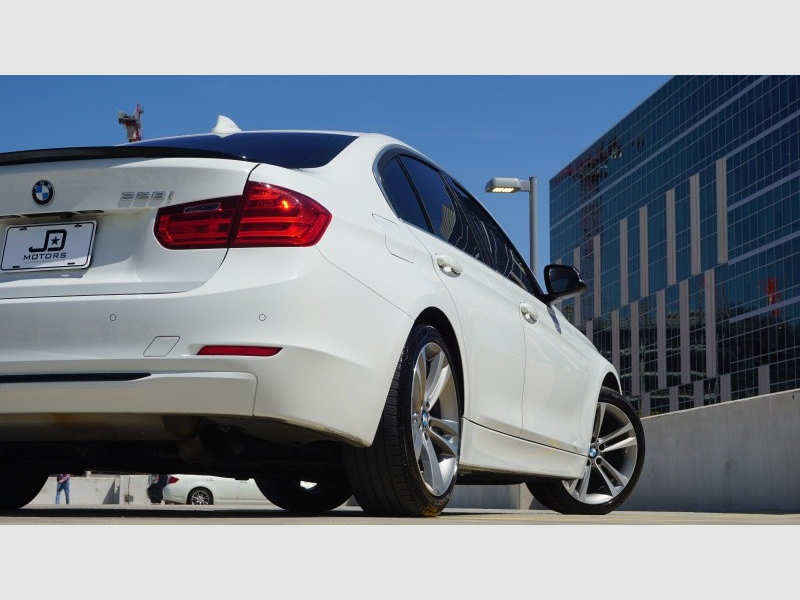 BMW 3-Series 2015 price $19,995