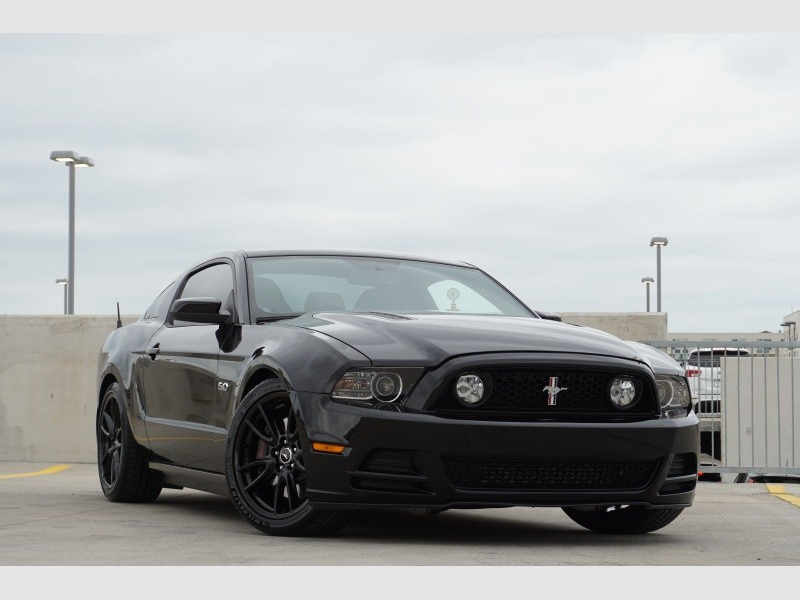 Ford Mustang GT Supercharged 2013 price $24,995