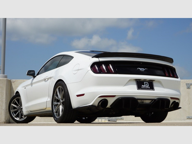 Ford Mustang EcoBoost 2016 price $19,998