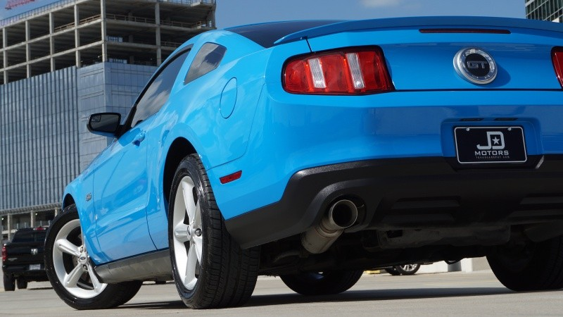 Ford Mustang GT Coupe 2012 price $17,998