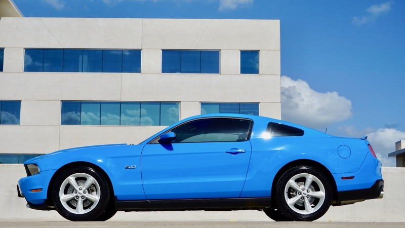Ford Mustang GT Coupe 2012 price $16,998