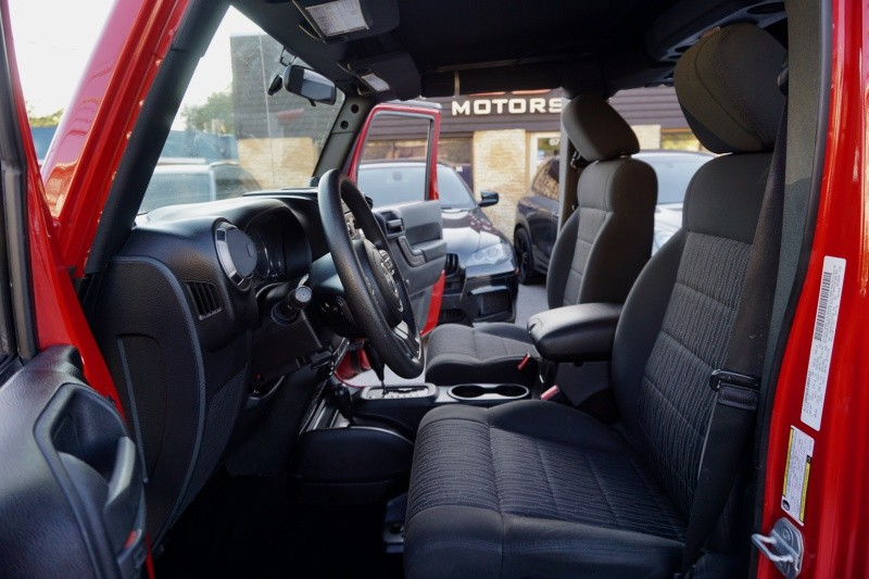 Jeep Wrangler Unlimited 2011 price $24,995