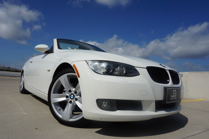 BMW 3 Series 328i Convertible 2009 price $13,995