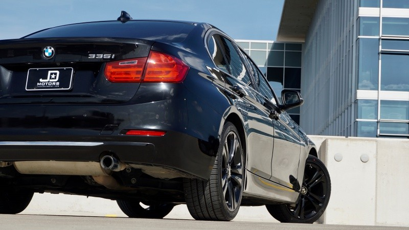 BMW 3 Series 335i Sedan 2013 price $18,995
