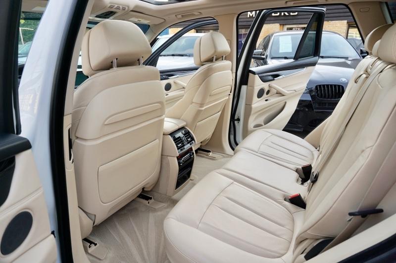 BMW X5 2014 price $27,995