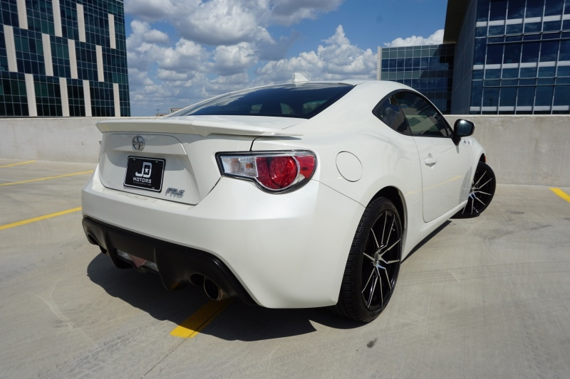 Scion FR-S Limited 2015 price $15,995