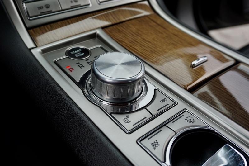 Jaguar XF Supercharged 2010 price $15,995