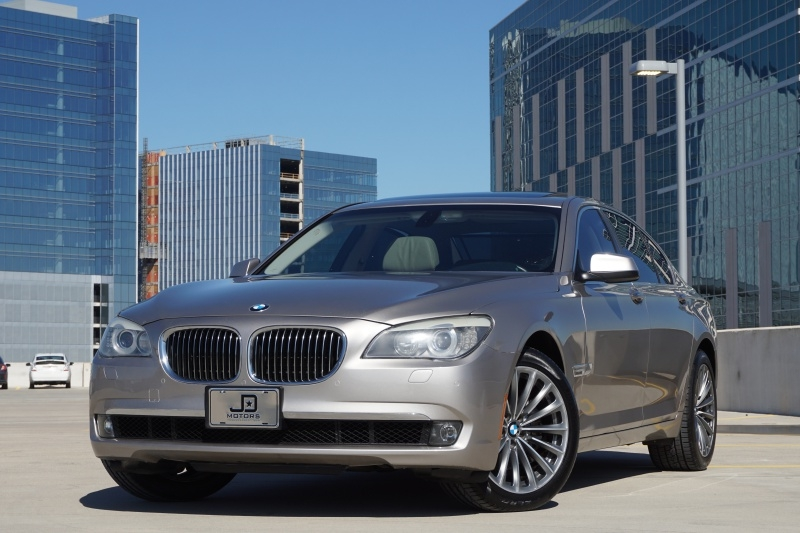 BMW 7-Series 2011 price $9,845
