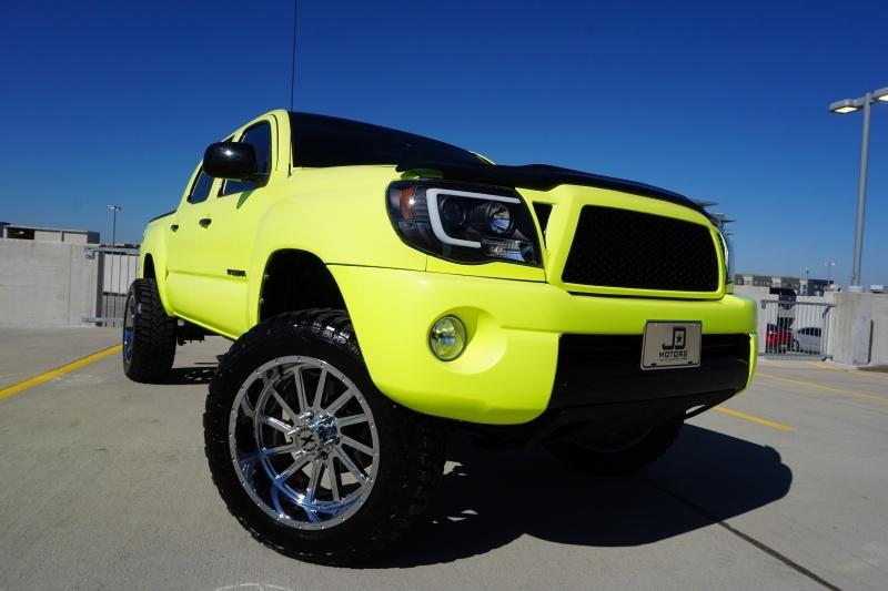Toyota Tacoma 2005 price $14,998