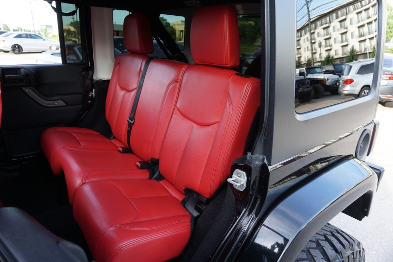 Jeep Wrangler Unlimited Sahara 2013 price $26,995