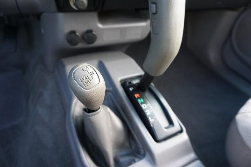 Toyota Tacoma 4x4 2001 price $12,995
