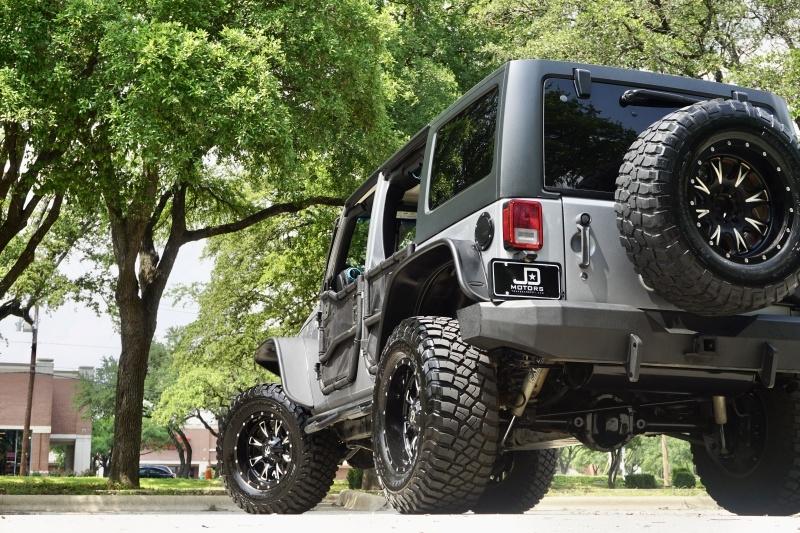 Jeep Wrangler Unlimited 2014 price $27,822