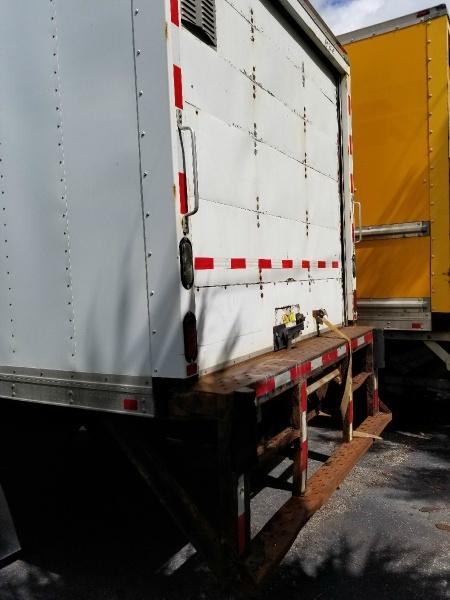 Freightliner M2-106 2012 price $22,900
