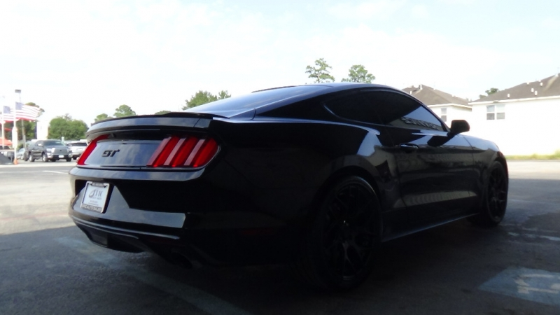 FORD MUSTANG GT 2016 price Call for Pricing.