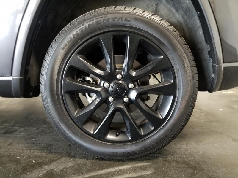 Jeep Grand Cherokee 2017 price $22,500