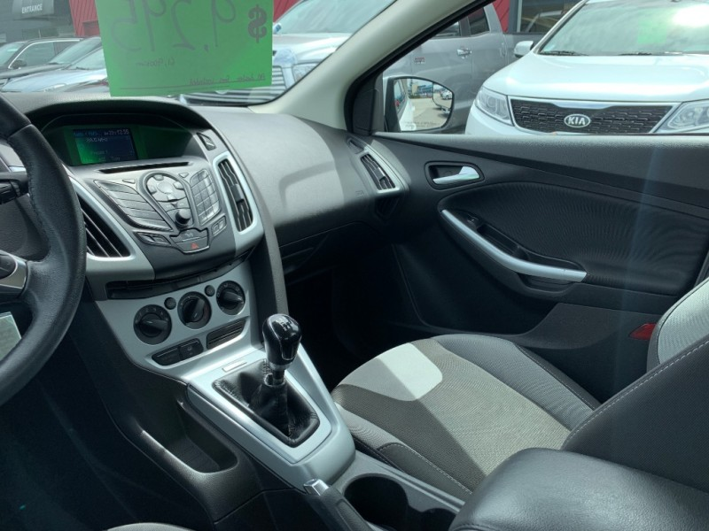 Ford Focus 2012 price $7,895