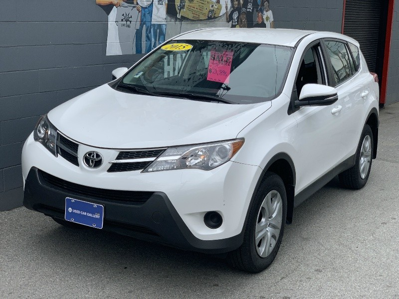 Toyota RAV4 2015 price $21,895