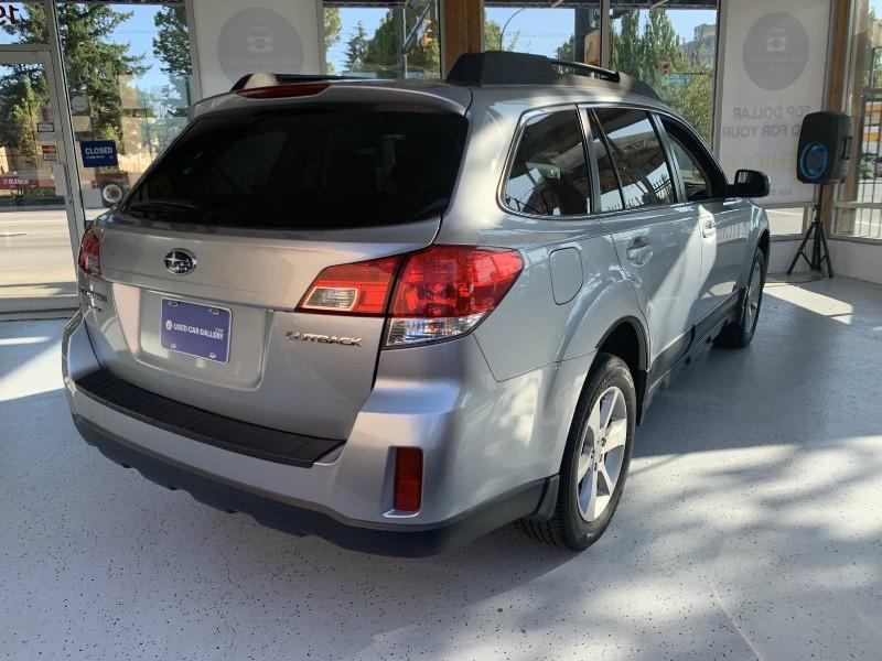 Subaru Outback 2013 price $16,695