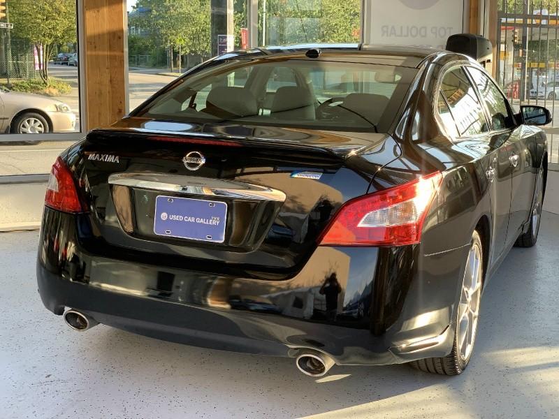 Nissan Maxima 2011 price $13,695