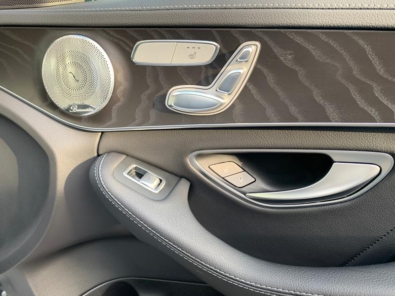 Mercedes-Benz C-Class 2016 price $31,895