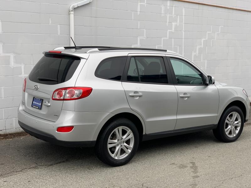 Hyundai Santa Fe 2012 price $13,895