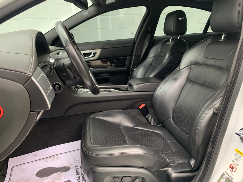 Jaguar XF-Series 2013 price $23,895