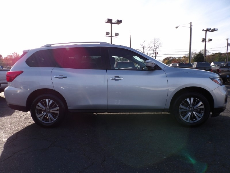Nissan Pathfinder 2018 price Call for Pricing.