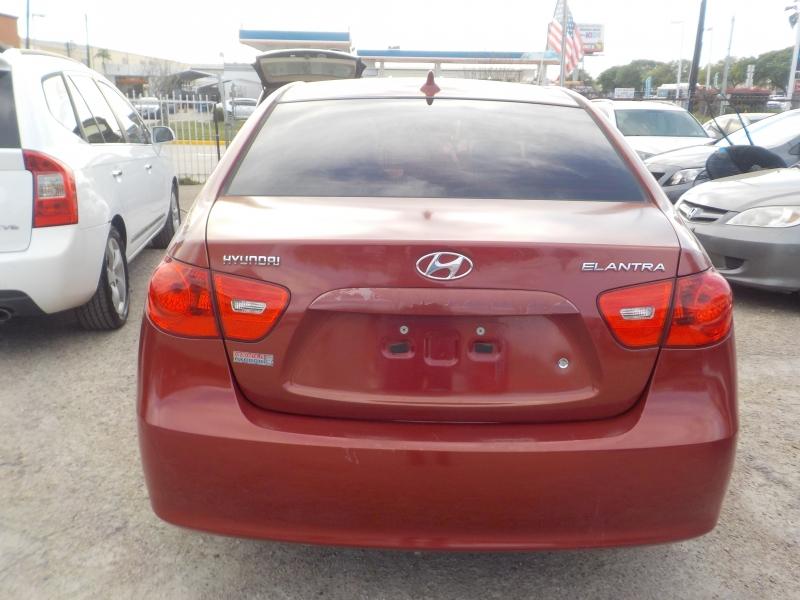 Hyundai Elantra 2009 price $4,699