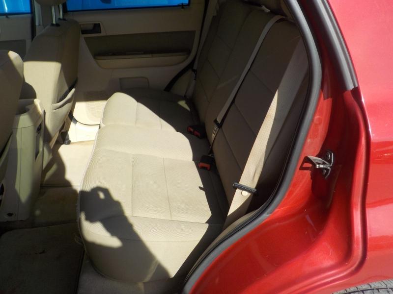 Ford Escape 2010 price $3,999