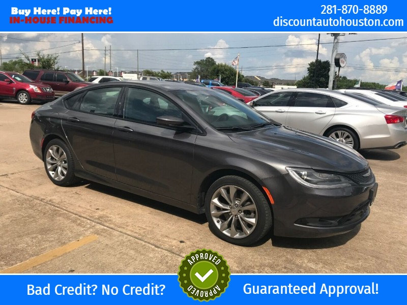 Chrysler 200 2015 price $14,900