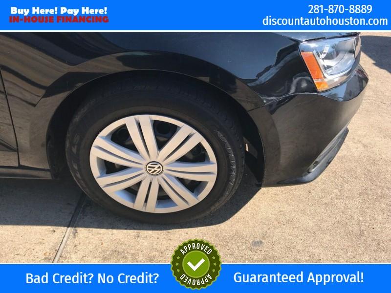 Volkswagen Jetta 2017 price $11,900
