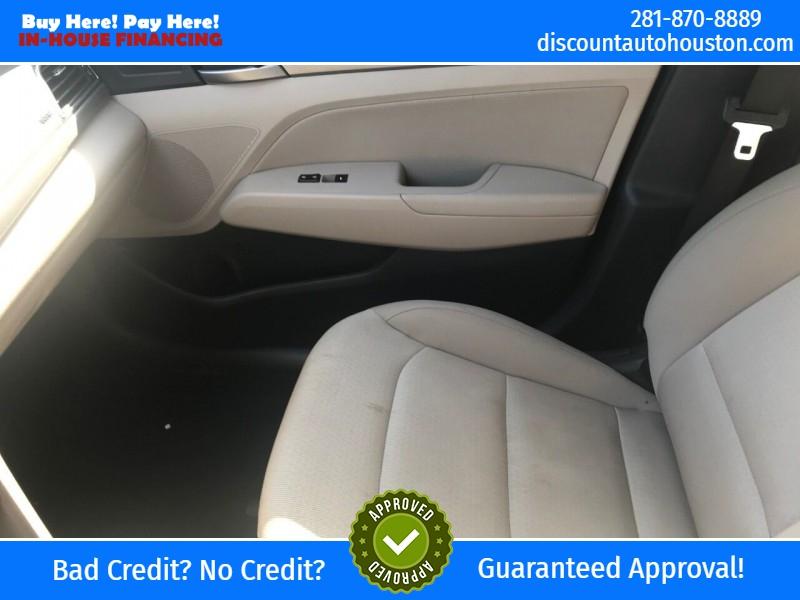 Hyundai Elantra 2018 price $17,900