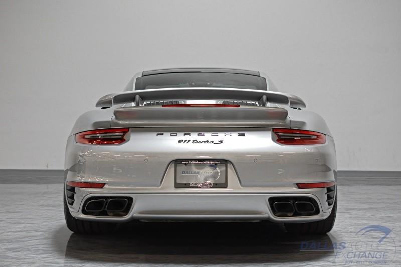 Porsche 911 2017 price $144,989