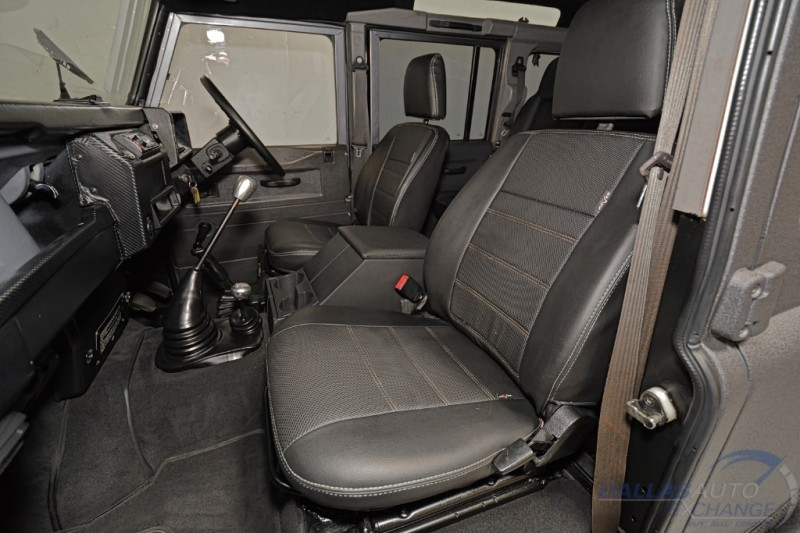 Land Rover Defender 1990 price $54,989