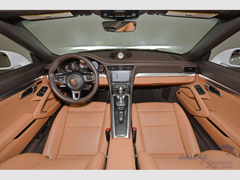 Porsche 911 2017 price $121,989