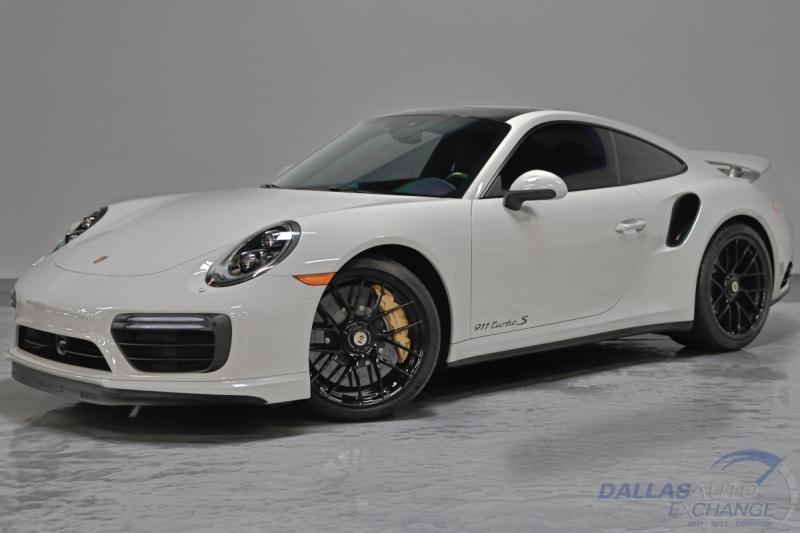 Porsche 911 2018 price $179,989