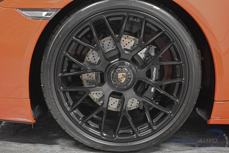 Porsche 911 2016 price $111,989