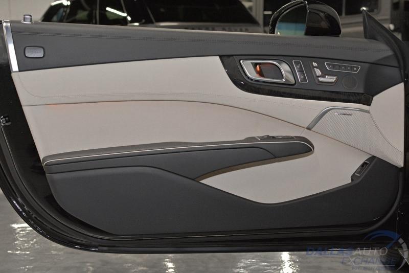 Mercedes-Benz SL-Class 2015 price $52,989