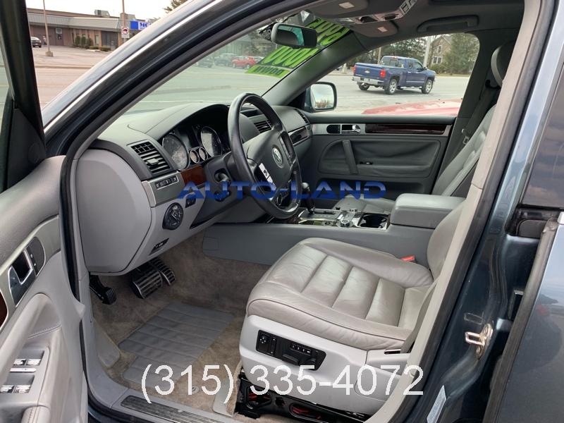Volkswagen Touareg 2004 price $6,995