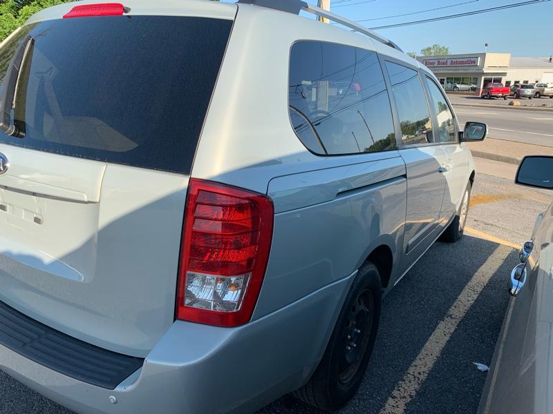 Kia Sedona 2012 price $5,995