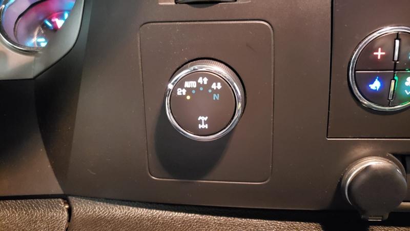 GMC Sierra 1500 2011 price $17,990