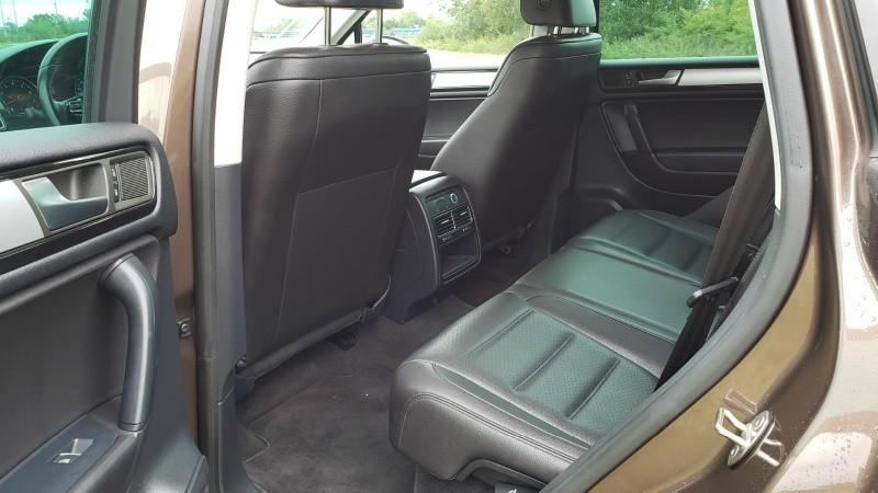 Volkswagen Touareg 2013 price $13,250