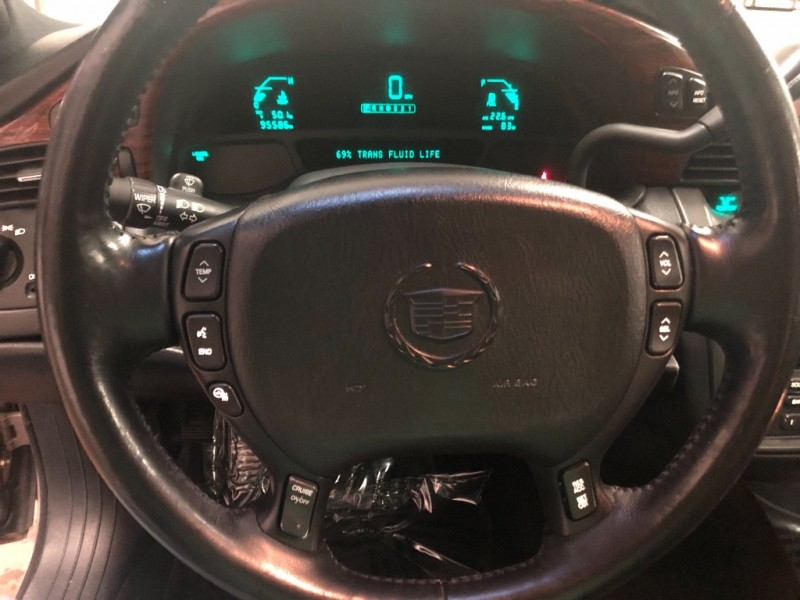 Cadillac DeVille 2004 price $6,490