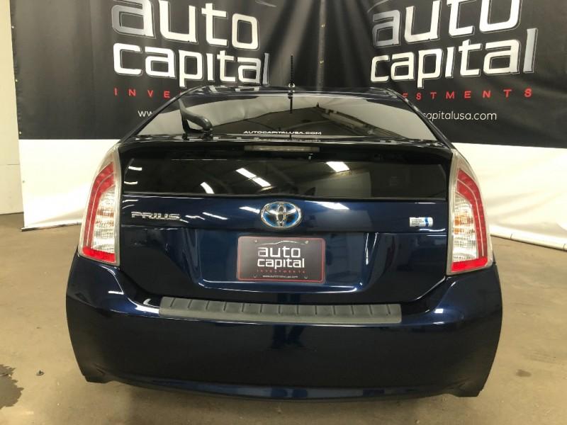 Toyota Prius 2013 price $8,390