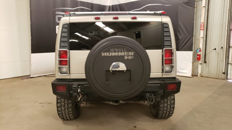 Hummer H2 2006 price $15,890