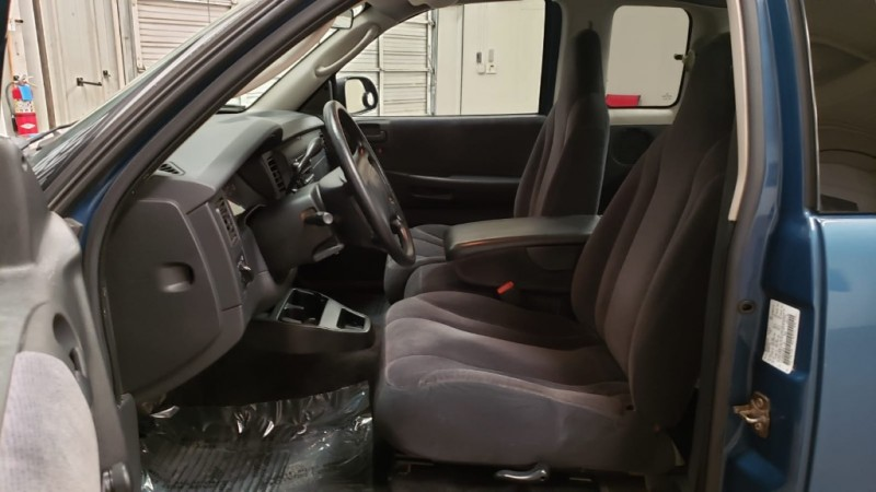 Dodge Dakota 2003 price $7,390
