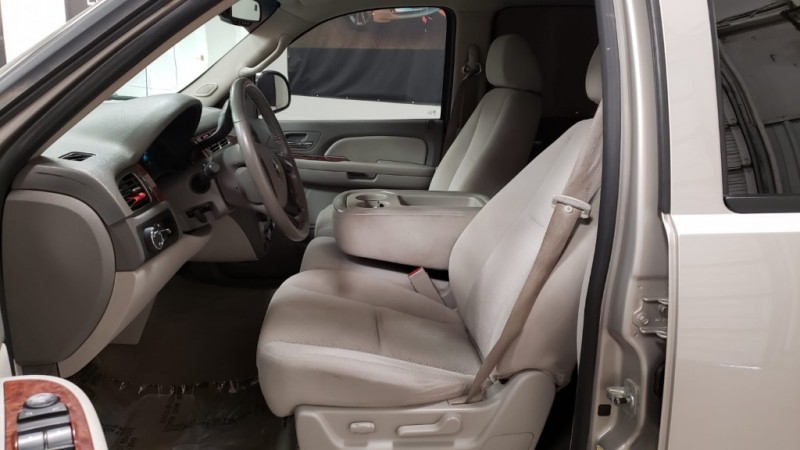 Chevrolet Avalanche 2007 price $9,890