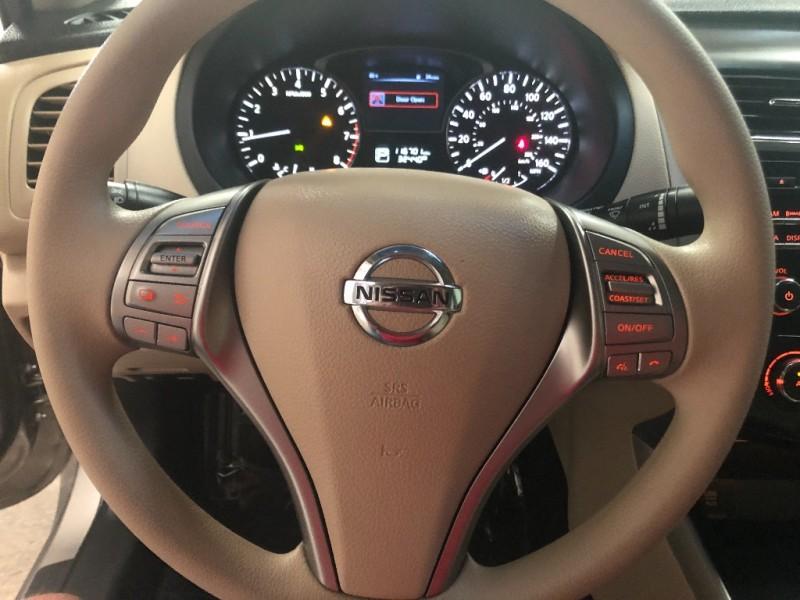 Nissan Altima 2015 price $8,990