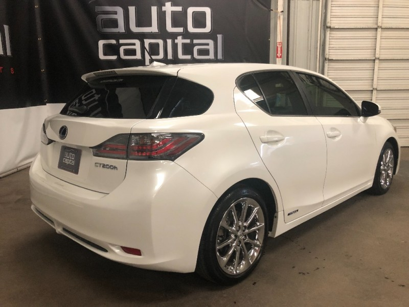 Lexus CT 200h 2012 price $11,890