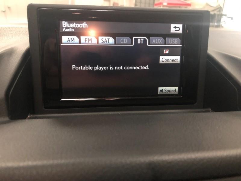 Lexus CT 200h 2012 price $11,890